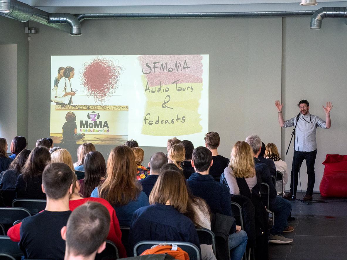 Vilniuje susiliejus menui ir technologijoms, prakalbs paveikslai