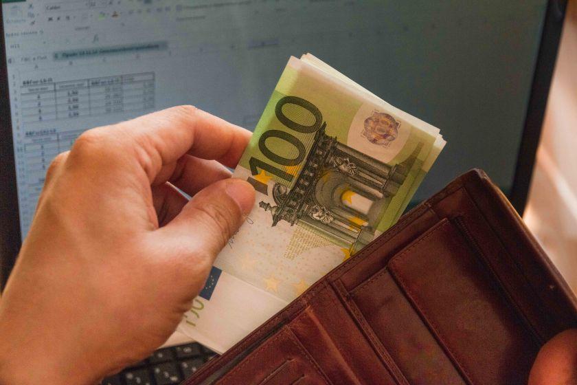 Renkantis darbą, lietuviams svarbiausia alga – kaip jie bando užsitikrinti perspektyvią karjerą?