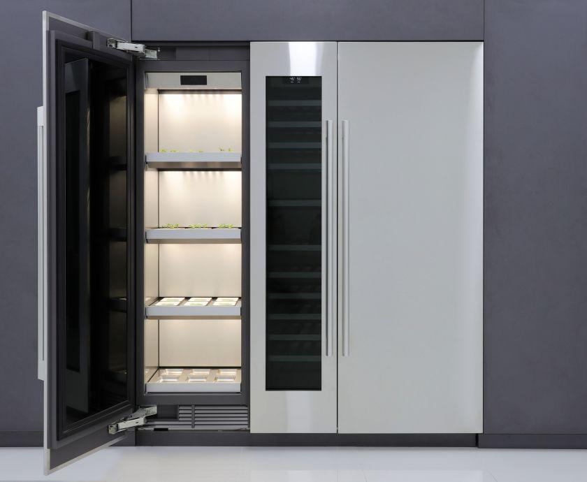 Patyrusi buitinės technikos gamintoja LG sukūrė pirmąjį prietaisą, skirtą daržovėms auginti namuose
