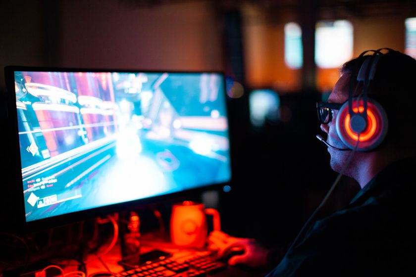 """Geros naujienos žaidimų fanams: kompiuteriniai žaidimai ir """"Steam"""" platforma """"Bitės"""" tinkle veiks sparčiau"""