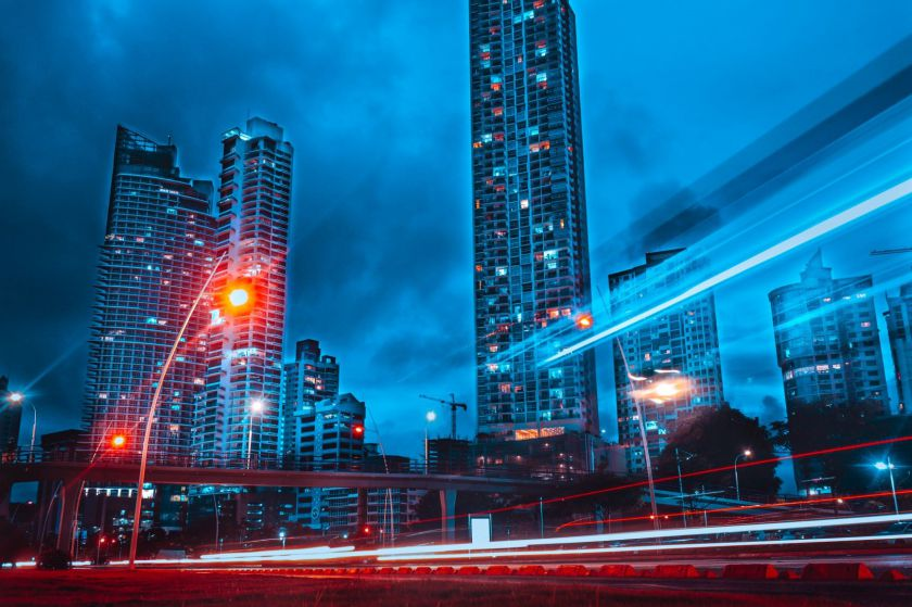 Išmanieji miestai: virš galvų skraidys dronai, o eismo spūstys bus retenybė