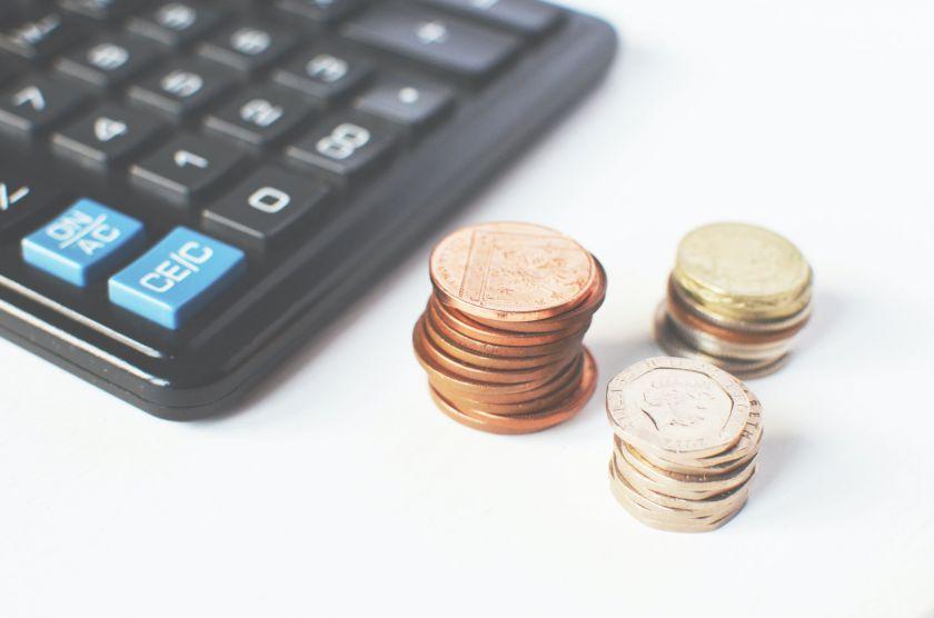 72 proc. žmonių po karantino suprato santaupų svarbą – kaip pradėti taupyti?